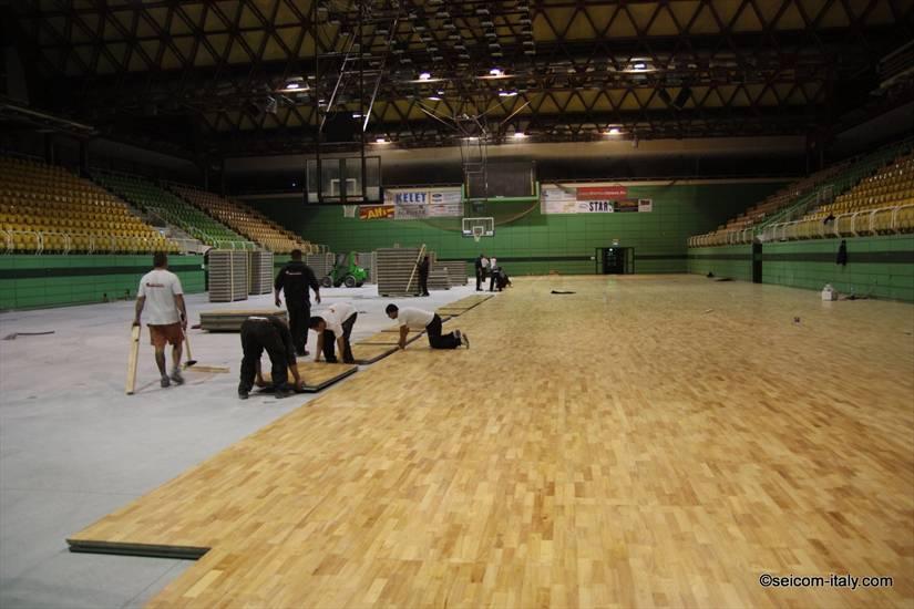 HUNGARY - Portable floor 1.800 sqm.