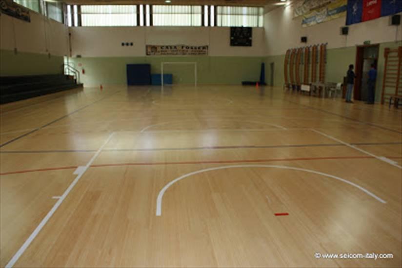 Seicom & Comune di Vicenza due valide palestre scolastiche polifunzionali
